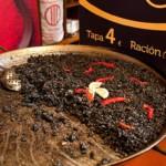 Le riz noir, ou « paella noire », plat typique de la cuisine espagnole