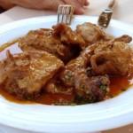 Lapin au « salmorejo » (conejo en salmorejo), recette de cuisine espagnole typique