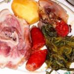 lacon con grelos, recette de cuisine typique de Galice, en Espagne