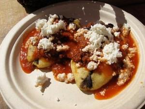 tlacoyos, plat typique de la cuisine mexicaine