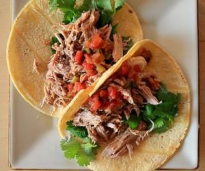 tacos de carnitas, plat typique de la cuisine mexicaine