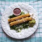 Tacos dorés ou flûtes, plat mexicain typique
