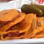Tacos au panier ou tacos de canasta, recette typique de la cuisine mexicaine