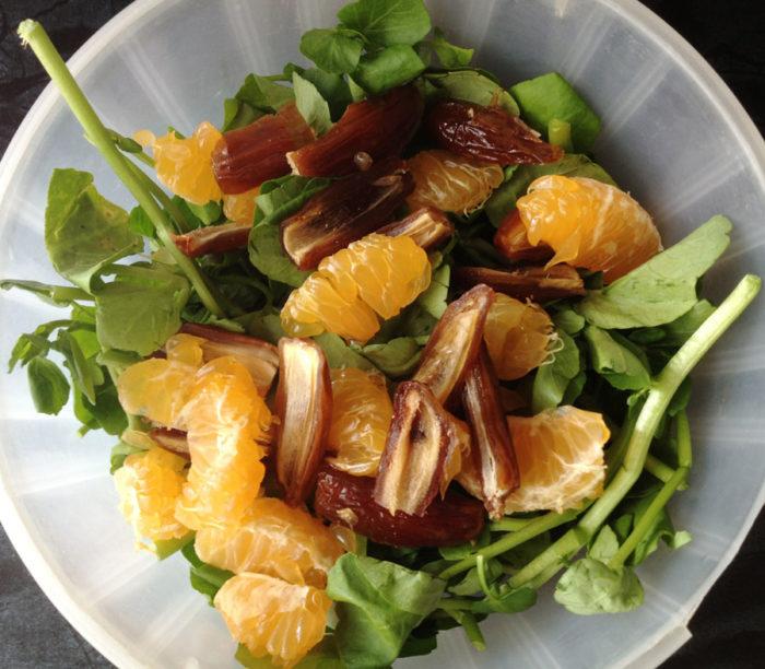 salade originale, recette de cuisine facile (salade aux dattes et à la mandarine)