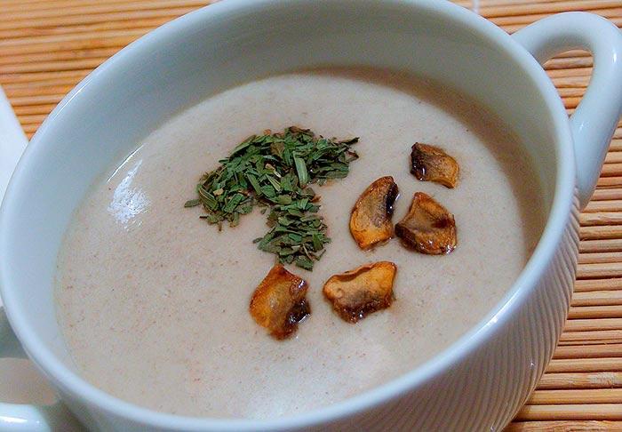 velouté de champignons maison, une recette de soupe healthy