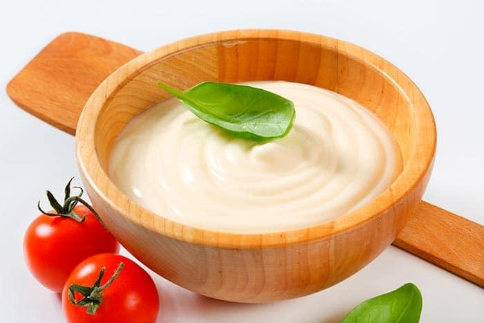 sauce au roquefort maison : classique, sans crème fraîche ou à la mayonnaise