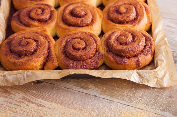Recette de cuisine facile : brioche maison à la cannelle (cinnamon rolls ou roulés à la cannelle)