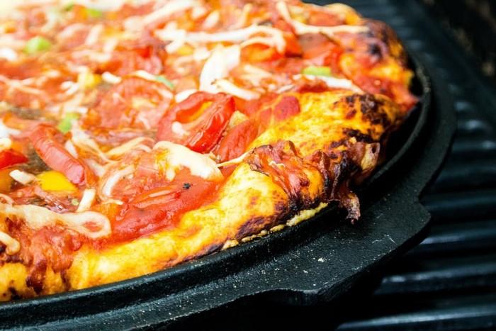 pizza sans four : recette de pizza sans poêle