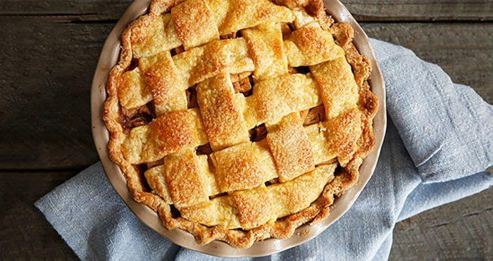 recette de grand-mère d'une tarte aux pommes maison, façon « apple pie »